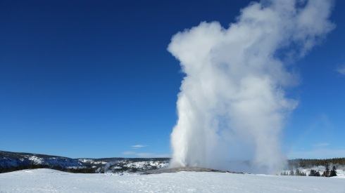 Yellowstone National Park - Old Faithful in winter